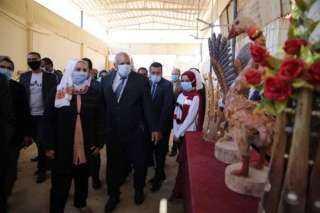 وزيرة التضامن تشهد تسليم أجهزة العرائس لـ 80 فتاة ضمن «دكان الفرحة»