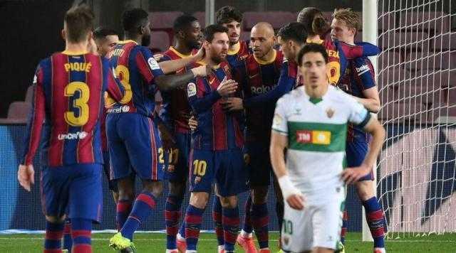 برشلونة يحقق الفوز علي إلتشي بثلاثة أهداف دون رد بالدوري الإسباني