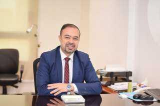 أحمد عاصم يوضح خطورة الأورام الليفية على الحمل
