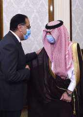 مدبولي يلتقي وزير الصناعة والتجارة السعودي