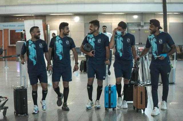 بعثة الأهلي تغادر مطار القاهرة متجهة إلى تونس