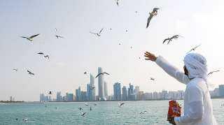 الإمارات تقدم لقاحات كورونا «فايزر وسينوفارم» لجذب السائحين