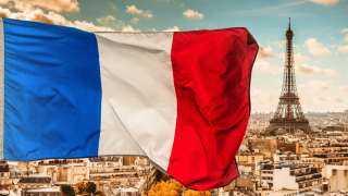 أصيب 6 جنود فرنسيين و4 مدنيين في هجوم بسيارة مفخخة