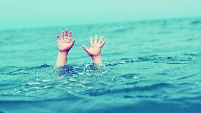عاجل   بعد إزدحامها الشديد .. غرق 6 أشخاص على شواطئ الإسكندرية