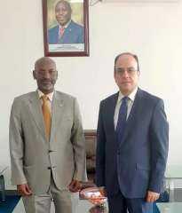 السفير المصري في بوجمبورا يلتقي بوزير الكهرباء البوروندي عشية زيارته المقبلة للقاهرة