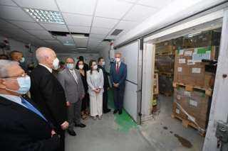 رئيس تونس يشرف على عملية تسلم التلاقيح ضد فيروس كوفيد-19من إيطاليا