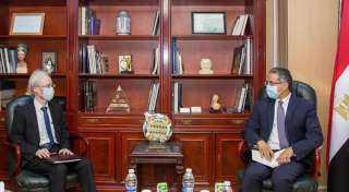 وزير السياحة والآثار يستقبل سفير دولة اليابان بالقاهرة