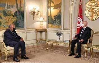 وزير الخارجية يتوجه لتونس حاملا رسالة لسعيد