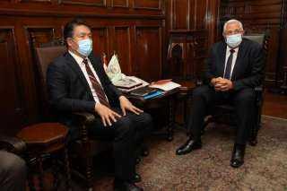 وزير الزراعة يبحث مع مدير عام المنظمة الإسلامية للأمن الغذائي التعاون في مجال تحقيق الأمن الغذائي