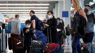 الولايات المتحدة تعتزم فتح حدودها أمام المسافرين