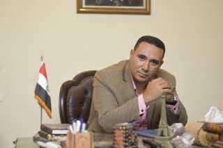 محمد مجدي صالح يشيد بأهتمام الرئيس السيسي بالحرف اليدويه