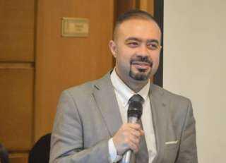 أحمد عاصم: مشاركة الزوج والدعم النفسي تزيد فرص نجاح الحقن المجهرى