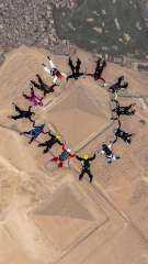 ختام مهرجان القفز الحر بالمظلات sky seekers بالأهرامات