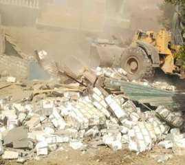 الوحدة المحلية لمركز ومدينة الفشن ببني سويف تقوم بحملة مكبرة لإزالة التعديات على حرم الري